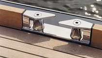 sailboat warping fairlead