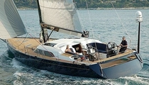 cruising sailing-yacht