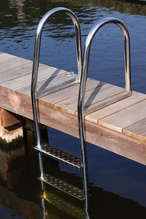 dock-ladder