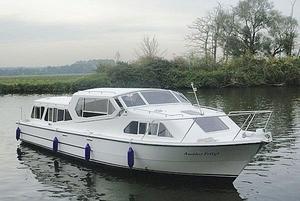 canal-express-cruiser