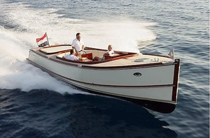 center-console-boat-cabin
