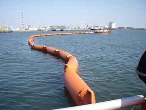 pollution-control-boom