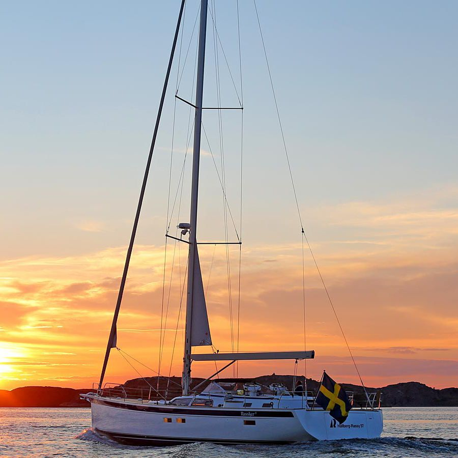Cruising sailing yacht / open transom / 3-cabin / twin rudders 57  Hallberg-Rassy