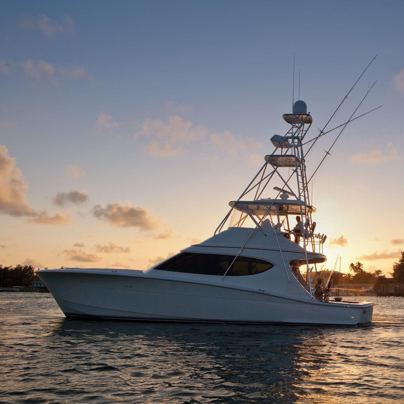 sport-fishing motor yacht / convertible / flybridge / planing hull - 54