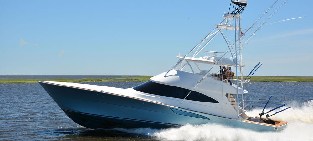 ... sport-fishing motor yacht / convertible / flybridge / planing hull ...
