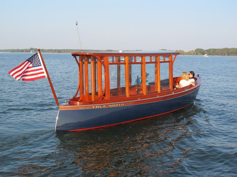Delightful Electric Cabin Cruiser / Open / Wooden / Classic ...