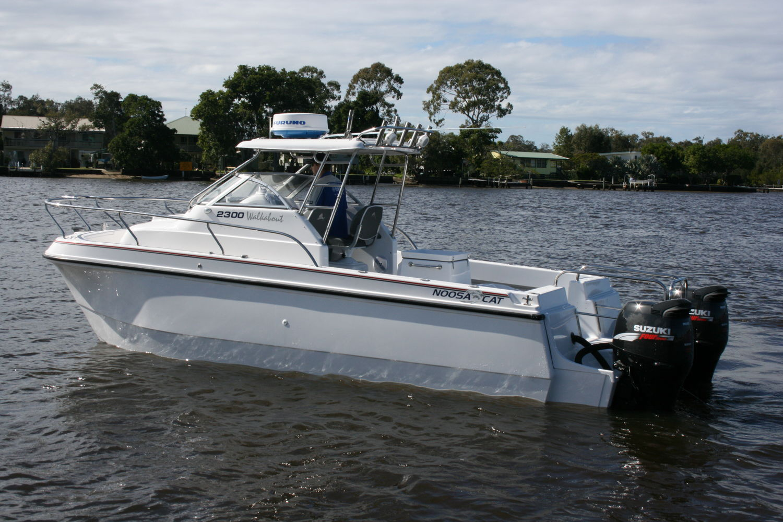 Catamaran Walkaround Outboard Twin Engine With Cabin 2400 Noosa Cat Australia