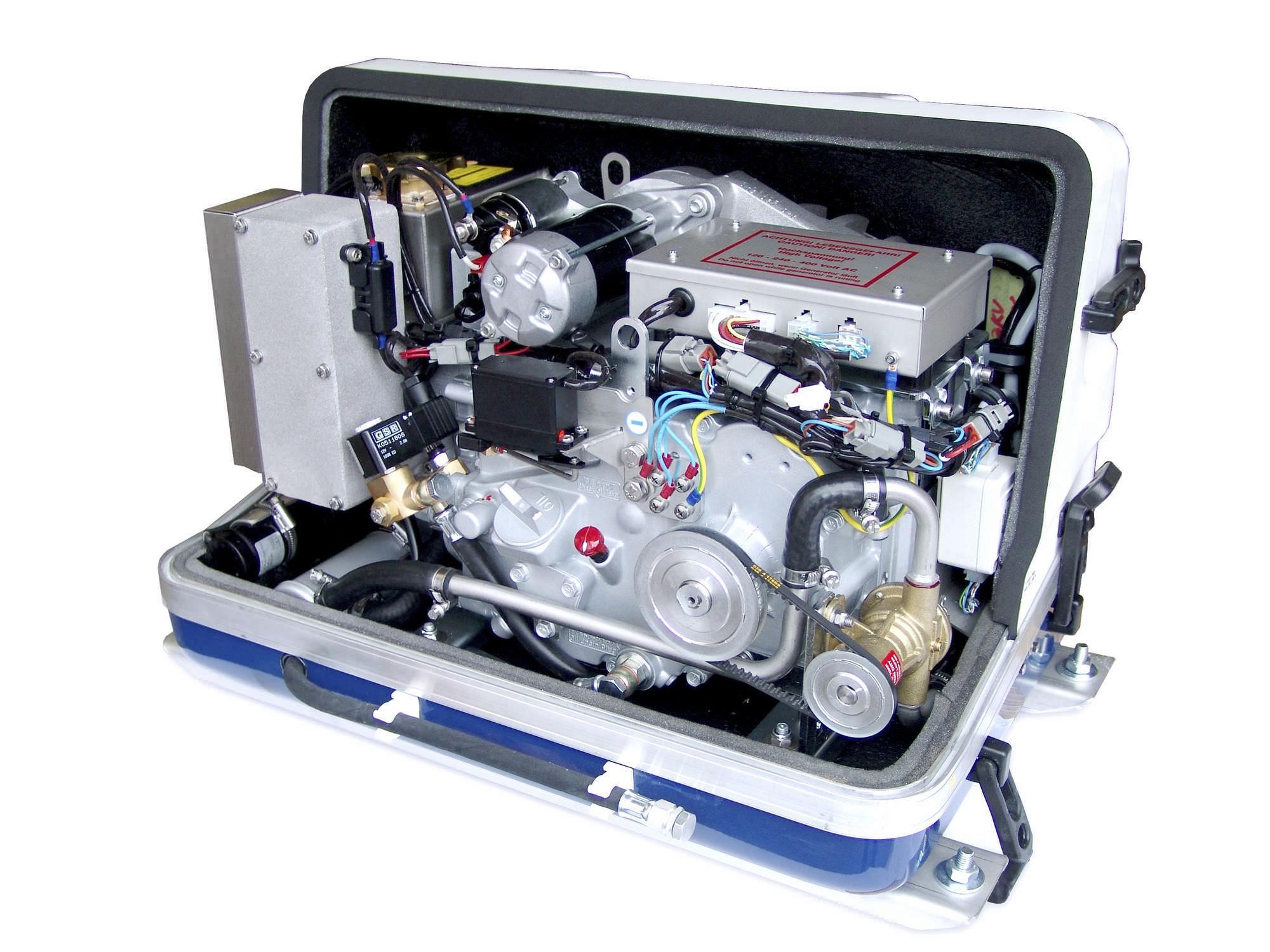 Boat generator set sel PANDA 5000i PMS Fischer Panda