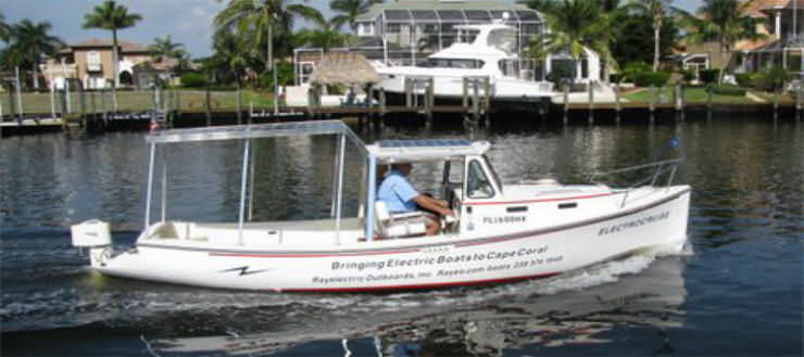 Awesome Outboard Cabin Cruiser / Solar Electric Powered / Open / Downeast    ElectroCruise