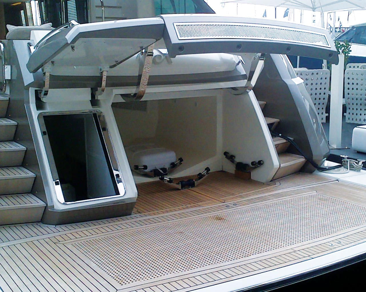 Garage hydraulic system / for boats / for yachts - 2680.01