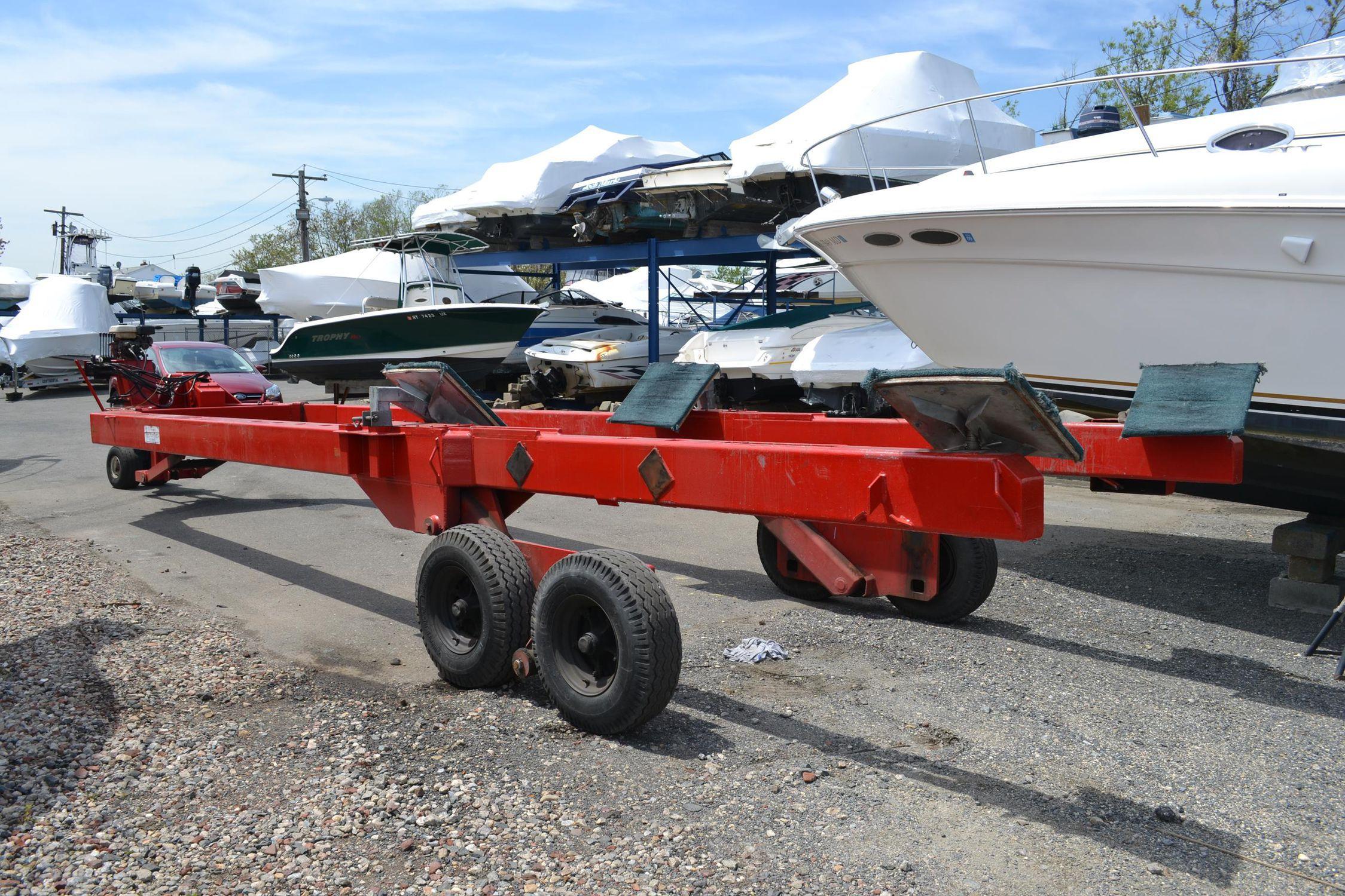 Handling trailer / shipyard / hydraulic Y-10 Conolift ...
