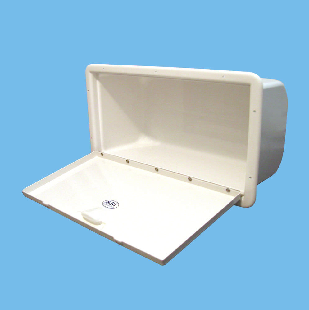 Ordinaire Boat Storage Box / Built In   46101500