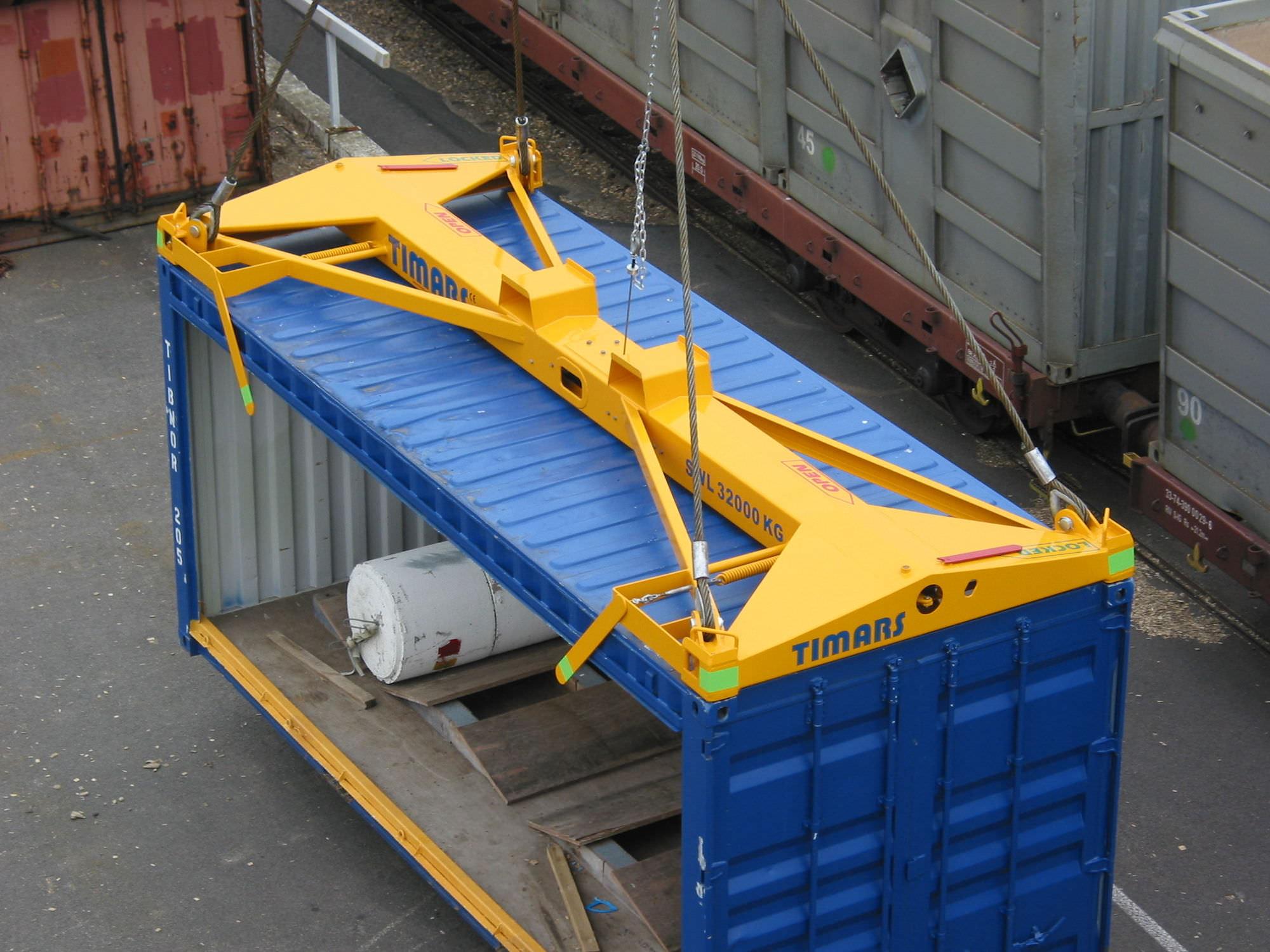 container spreader semi automatic c lift series timars ab