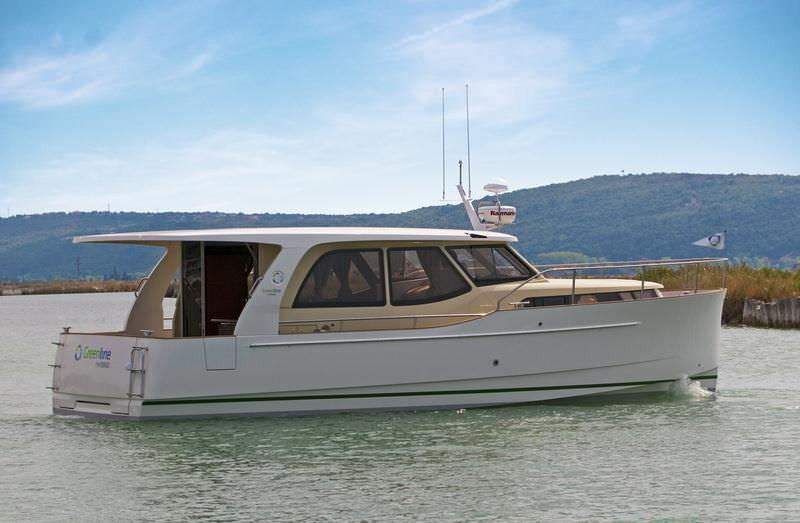 Nice ... Solar Electric Powered Express Cruiser / Hybrid / Downeast / 1 Cabin ...
