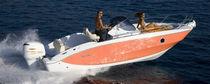 Outboard walkaround / 8-person max. / twin-berth / with cabin