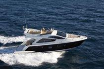 Inboard express cruiser / IPS POD / twin-engine / flybridge
