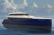 Cruising super-yacht / wheelhouse / displacement / with swimming pool