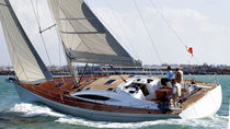 Cruising-racing sailing yacht / deck saloon / 3-cabin