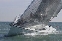 Cruising-racing sailboat / open transom / 2-cabin