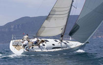 Monohull / cruising-racing / open transom / with 2 or 3 cabins