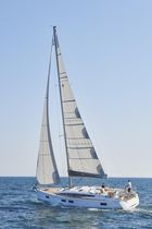 Cruising sailing yacht / open transom / 3-cabin / twin steering wheels