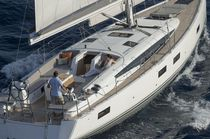Cruising sailing yacht / open transom / with 3 or 4 cabins
