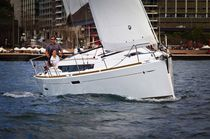 Monohull / cruising / with 2 or 3 cabins / twin rudders