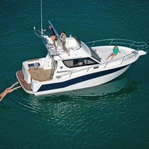 Inboard cruising fishing boat / flybridge / 12-person max.