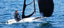Single-handed sailing dinghy / regatta / recreational / asymmetric spinnaker