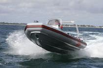 Outboard inflatable boat / semi-rigid / center console / dive