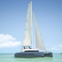 Sailing catamaran / ocean cruising / flybridge