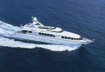 Raised pilothouse super-yacht / cruising / aluminum / planing hull