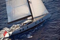 Cruising sailing super-yacht / open transom / carbon