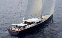 Cruising-racing sailing yacht / open transom / carbon / custom