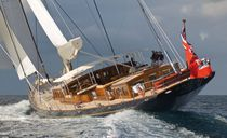 Classic sailing yacht / deck saloon