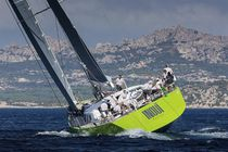 Cruising sailing yacht / open transom / carbon
