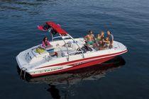 Inboard deck-boat / wakeboard / ski / 12-person max.