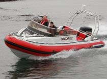 Side console inflatable boat / semi-rigid