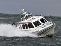 Inboard patrol boat / inflatable boat / semi-rigid