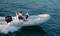 Outboard inflatable boat / semi-rigid / center console / 9-person max.