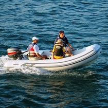 Outboard inflatable boat / semi-rigid / 12-person max.