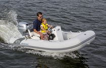 Outboard inflatable boat / RIB / side console / 4-person max.