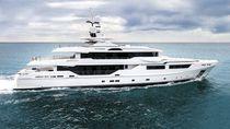 Cruising mega-yacht / wheelhouse