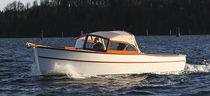 Inboard runabout / dual-console / wooden / classic