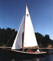 Classic sailboat / open transom / cutter