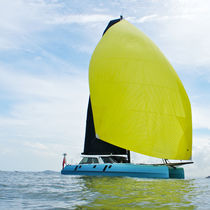 Asymmetric spinnaker / for cruising sailboats