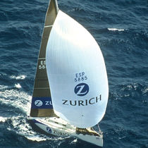 Symmetric spinnaker / for racing sailboats / tri-radial cut