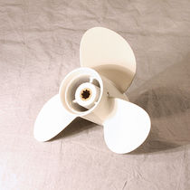 Boat propeller / fixed-pitch / outboard and sterndrive / 3-blade