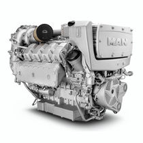 Diesel ship engine / direct fuel injection