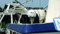 Professional fishing boat transponder / satellite tracking